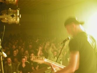 hnevotin-2004